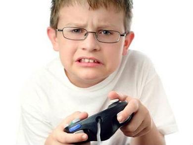 تأثير الألعاب الإلكترونية على العقل